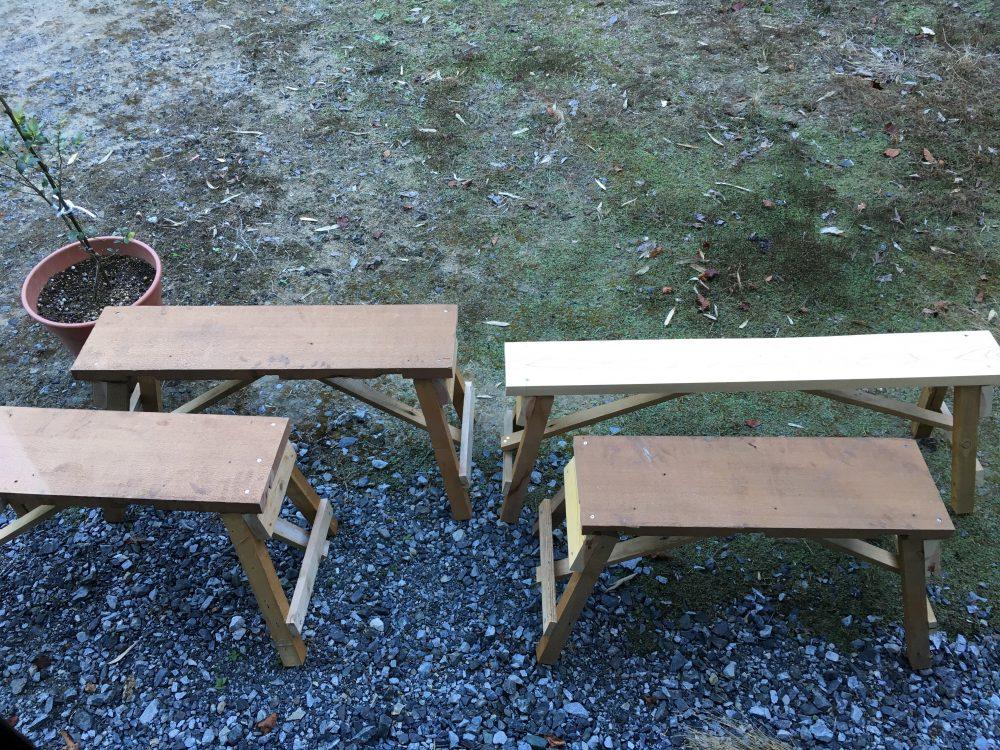 廃材の長椅子